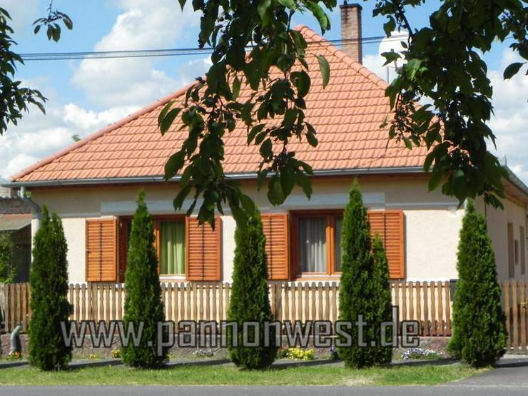 Gepflegtes Landhaus mit Wintergarten