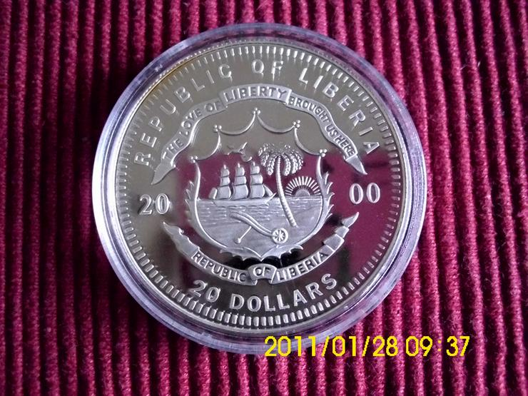 Bild 2: 20 $ Münze  Liberia