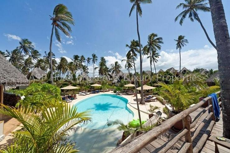Bild 6: Neues 5-Sterne Luxus Bungalow Beach Resort am Strand auf der Insel Sansibar vor Tansania z...