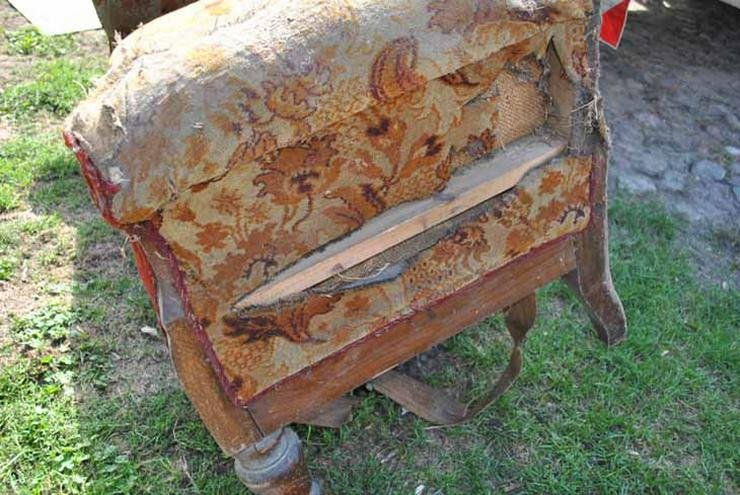 Bild 3: Gründerzeit Sofa / Couch mit Holzgestell aus Nu