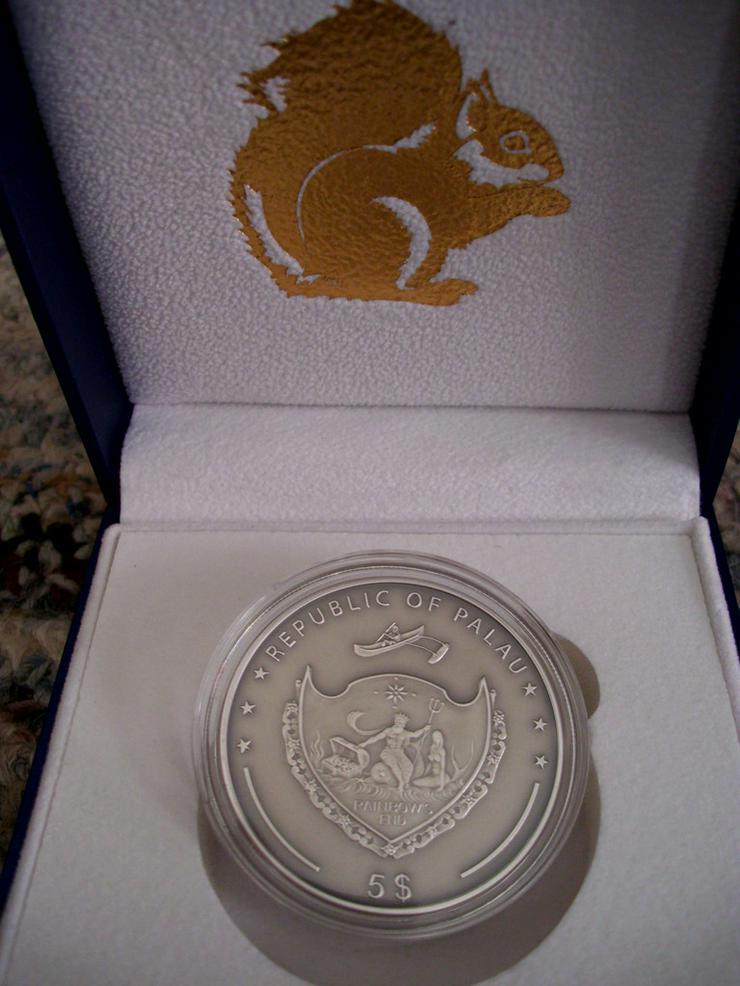 Bild 2: Palau Erdhörnchen 5 Dollar