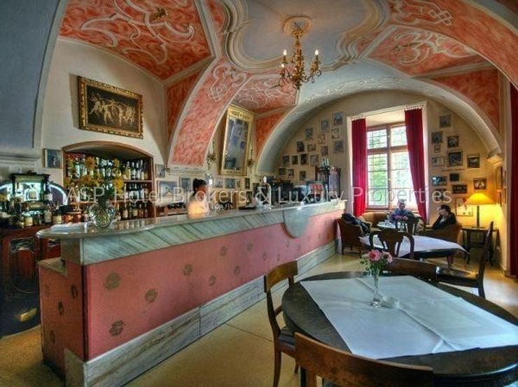 Bild 5: Eines der schönsten top renovierten Luxus Barock und Rokoko Schlösser Europas in Schlesi...