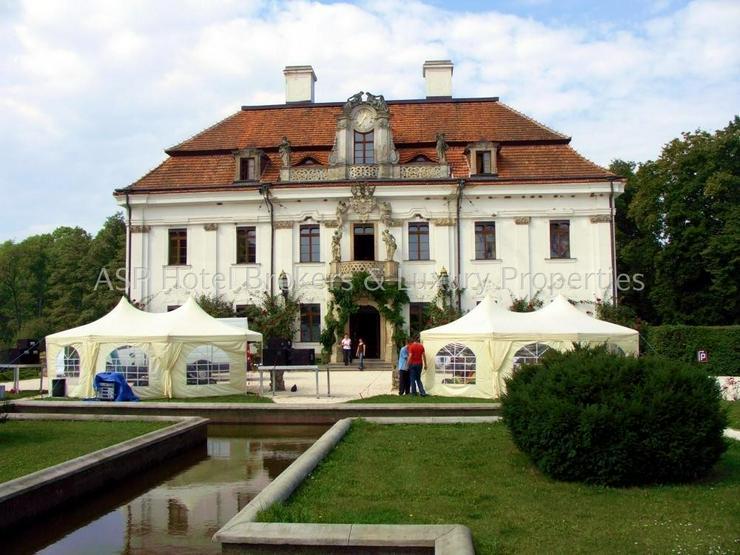 Eines der schönsten top renovierten Luxus Barock und Rokoko Schlösser Europas in Schlesi... - Gewerbeimmobilie kaufen - Bild 1