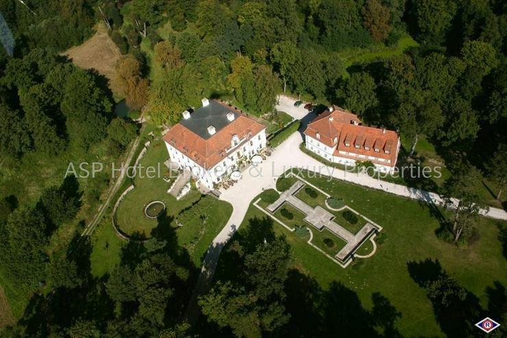 Bild 3: Eines der schönsten top renovierten Luxus Barock und Rokoko Schlösser Europas in Schlesi...