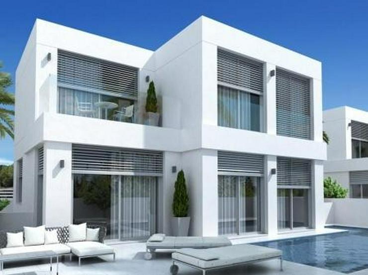 Neubau Ferien-Villa - Haus kaufen - Bild 1