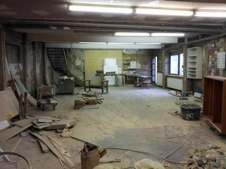 Bild 3: Handwerkerräume mit eigenem Innenhof, nahe Autobahn