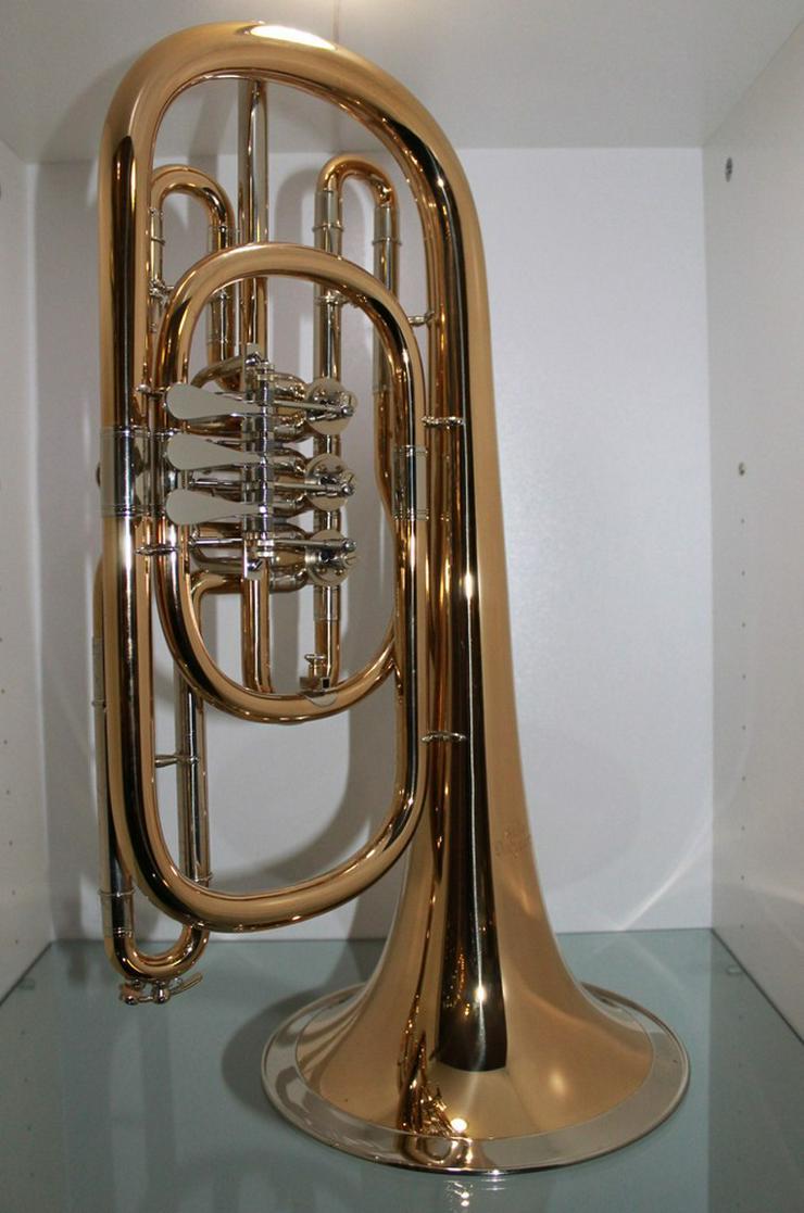 Bild 5: Luxus Basstrompete in Bb. Goldmessing, Handarb.
