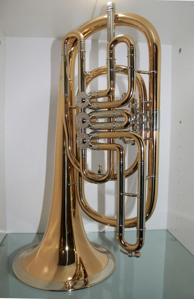 Bild 6: Luxus Basstrompete in Bb. Goldmessing, Handarb.