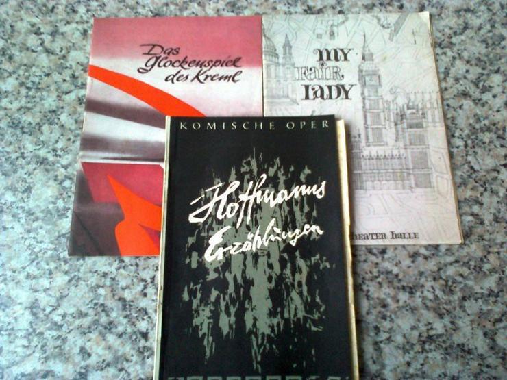 Bild 2: Hefte von Oper, Operette und Musical