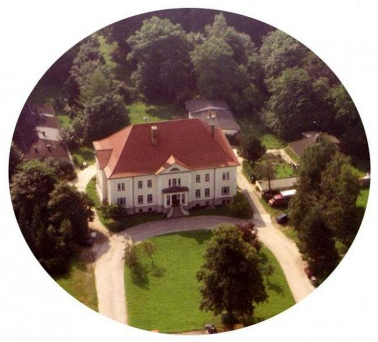 Bild 3: Ihr Firmensitz im Gutshaus Groß Stove - vor den Toren der Hansestadt Rostock