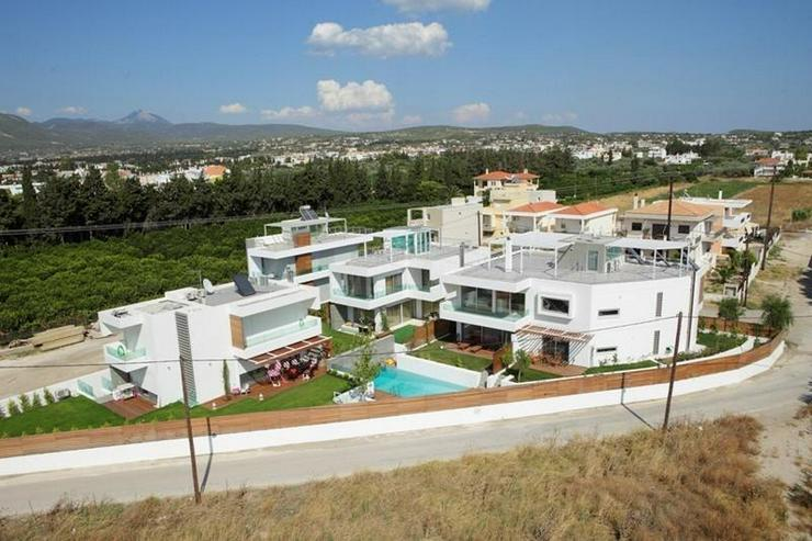 Bild 4: *Wo kann man träumen, wenn nicht hier** Stilvolles Einfamilienhaus in exklusiver Ausstatt...