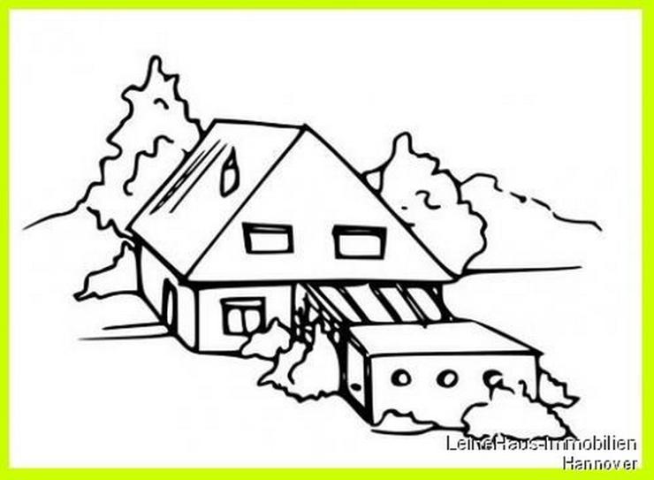 Bild 3: Grundstück mit altem Wegehaus
