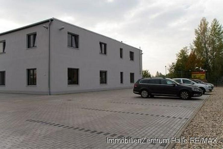 Bild 2: 2013 fertiggestelltes Forschungs- und Bürogebäude im Süden von Halle