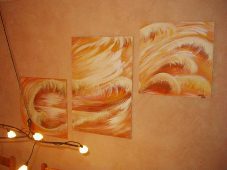 Bild 3:  Acrylbilder auf Leinwand