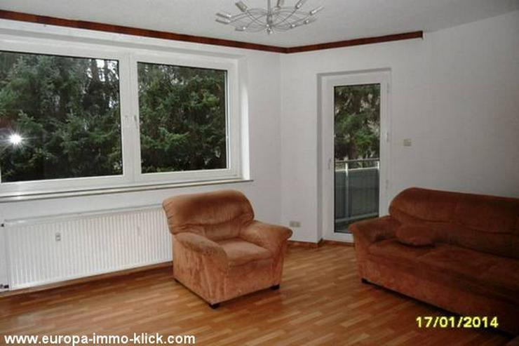 Bild 6: Eine schöne 4 ZKBB EG. Etagen-Wohnung. EBK. Garage, Zentr.Nähe Saalestr. 32425