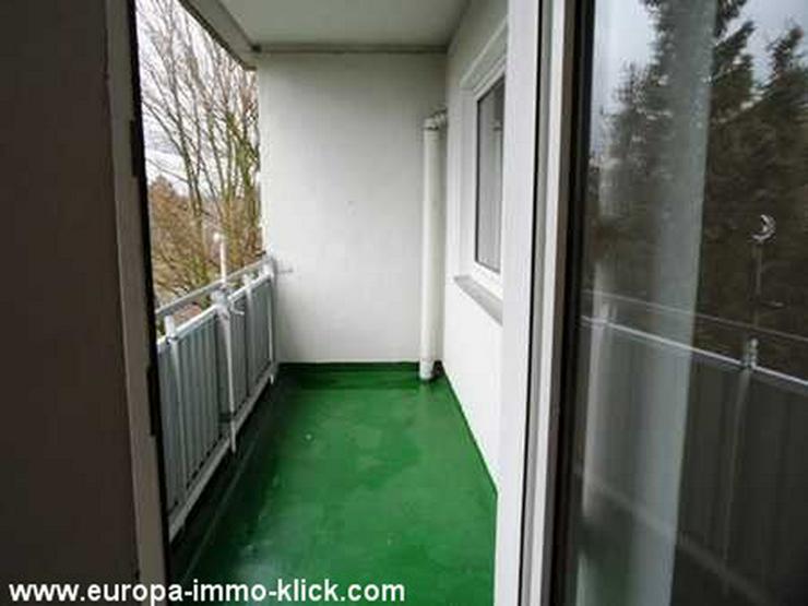 Bild 3: 4 ZKBB Wohnung, Neu renoviert, Stellplatz, 3. OG. Nähe Saale Str.. 32425 Minden