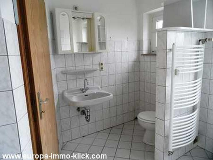 Bild 6: 4 ZKBB Wohnung, Neu renoviert, Stellplatz, 3. OG. Nähe Saale Str.. 32425 Minden