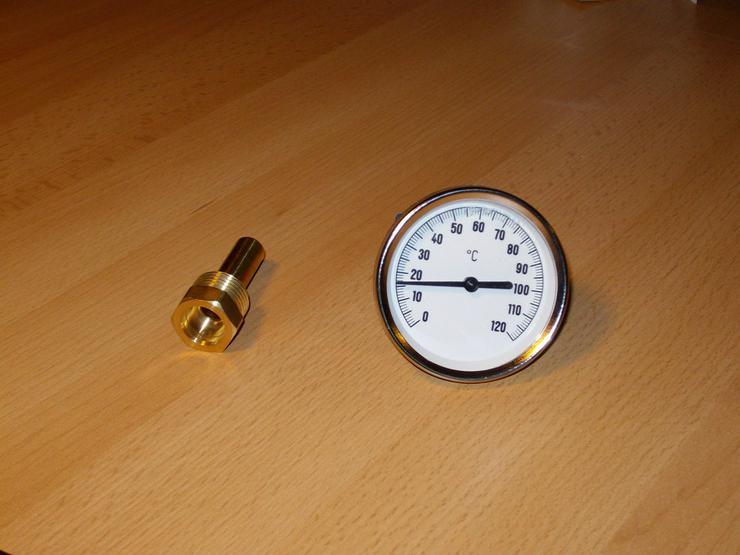 Bild 2: PRE Zeigerthermometer mit Tauchhülse für Puffer