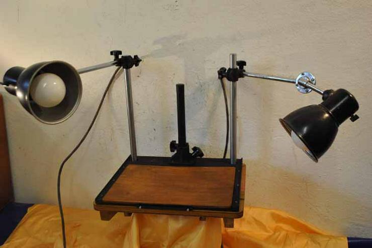 Pentacon Fototisch mit zwei Lampen aus den 50er