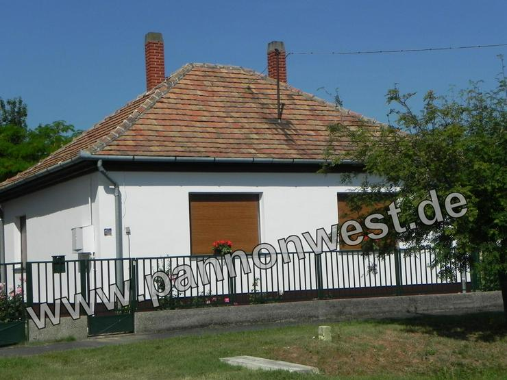 Nettes, renoviertes, Wohnhaus 3km südlich vom Balaton entfernt.