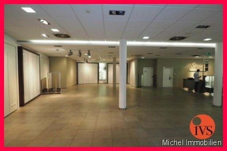 Bild 4: ** 1A-Lage ** Hochwertig ausgestattete Verkaufsflächen am Waisenhausplatz!