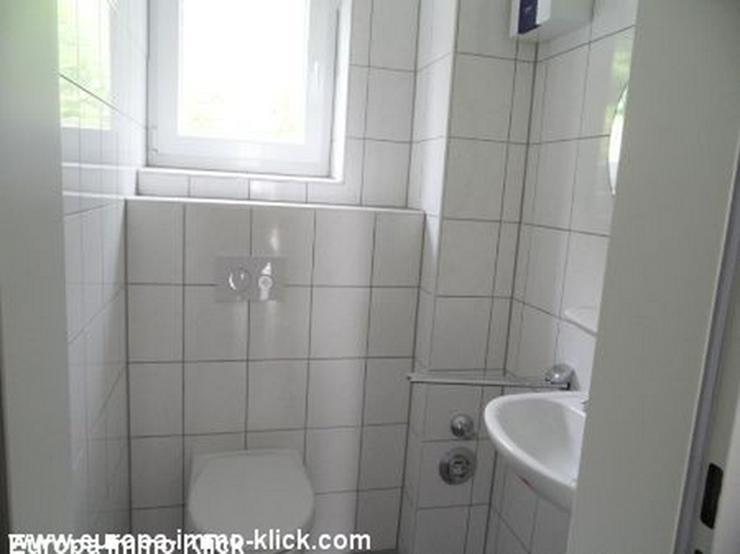Eine schöne 2 ZKBB Wohnung , Grundrenoviert,Hausbg. 32457 - Wohnung mieten - Bild 2