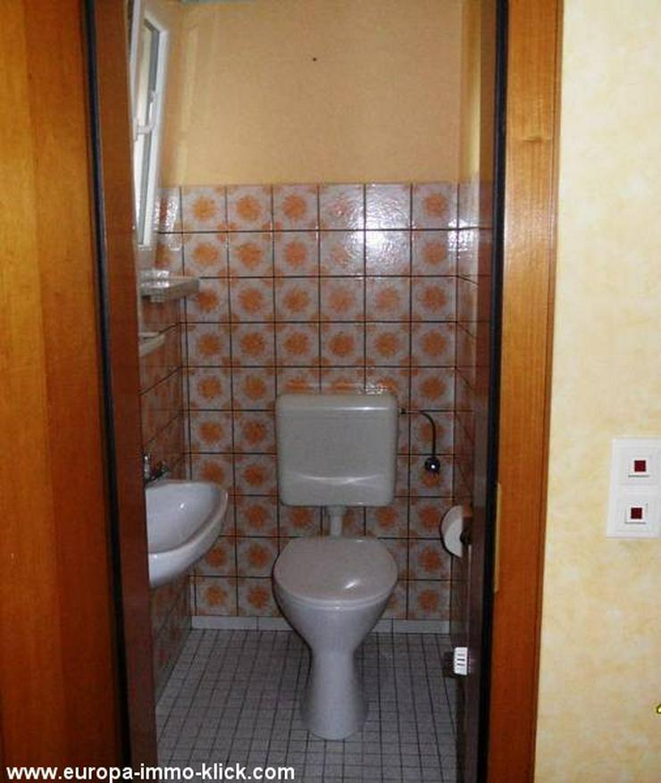 Bild 3: 4 ZKBB OG. Wohnung Balkon. im 32457