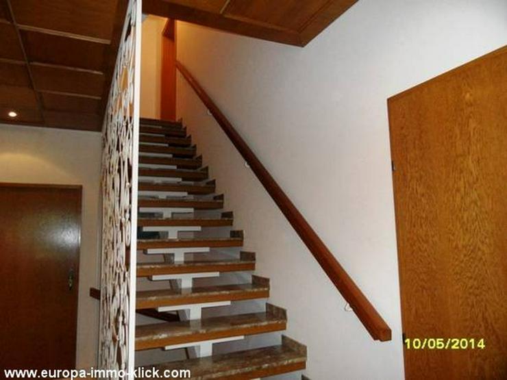 Bild 5: 4 ZKBB OG. Wohnung Balkon. im 32457