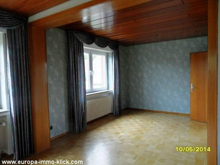 Bild 6: 4 ZKBB OG. Wohnung Balkon. im 32457