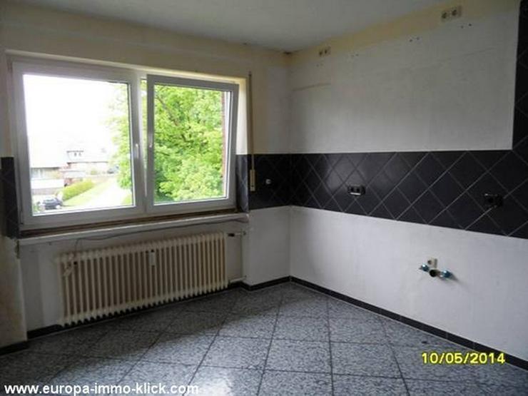 Bild 4: 4 ZKBB OG. Wohnung Balkon. im 32457