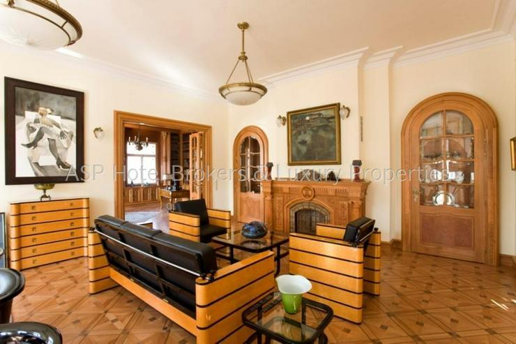 Bild 2: Präsidentenvilla - Erstbezug! Komplett sanierte Luxus NEO BAROCK VILLA in Bestlage Budape...