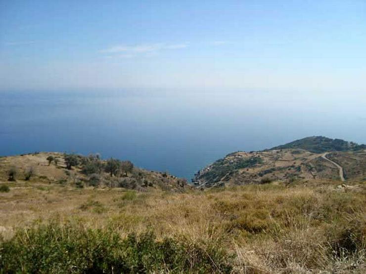 Gut gelegenes Grundstück auf Evia