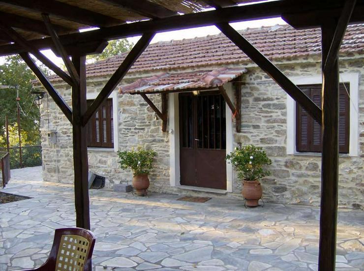 Bild 6: Wunderschönes Natursteinhaus auf dem Pilion