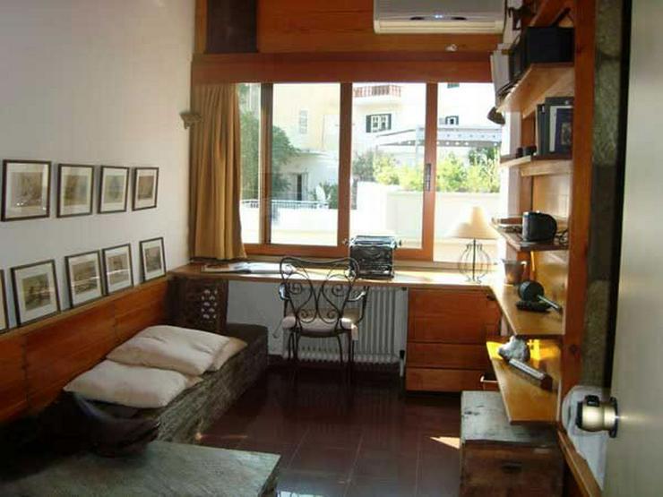 Bild 4: Penthouse-Wohnung am Fusse des Lykabitos