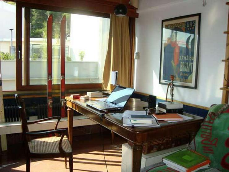 Bild 3: Penthouse-Wohnung am Fusse des Lykabitos