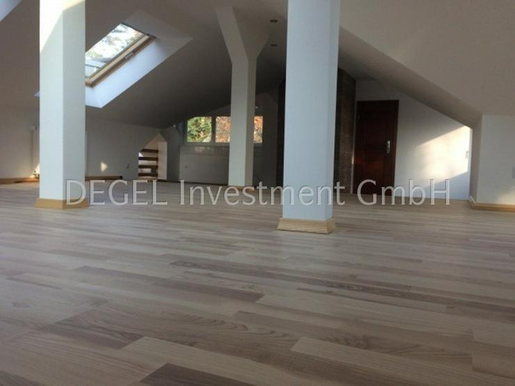 Bild 2: Anpruchsvolles Wohnen in bester Lage, Frohnau Modernisierte Villa für ein bis drei Famili...