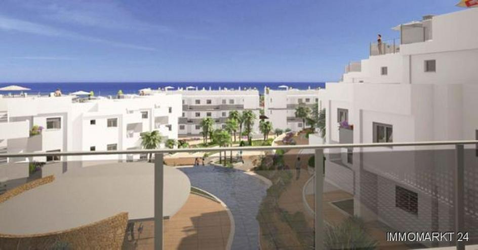 3-Zimmer-Wohnungen in Anlage in 1. Linie am Strand