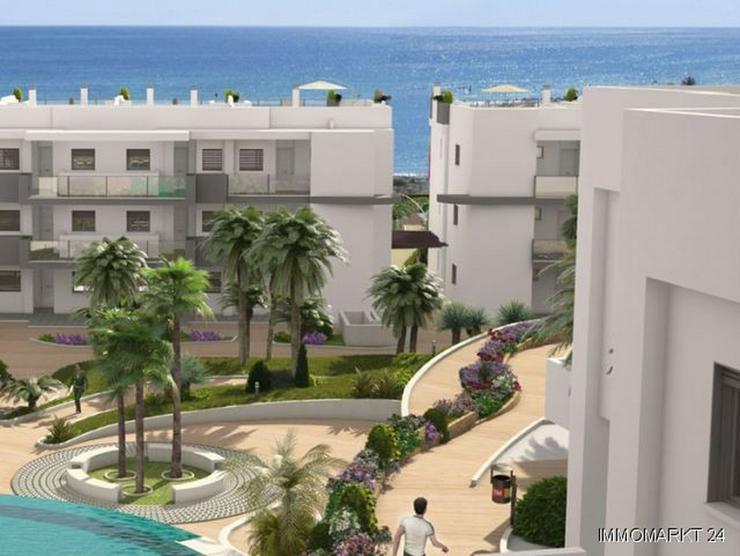 4-Zimmer-Wohnungen in Anlage in 1. Linie am Strand