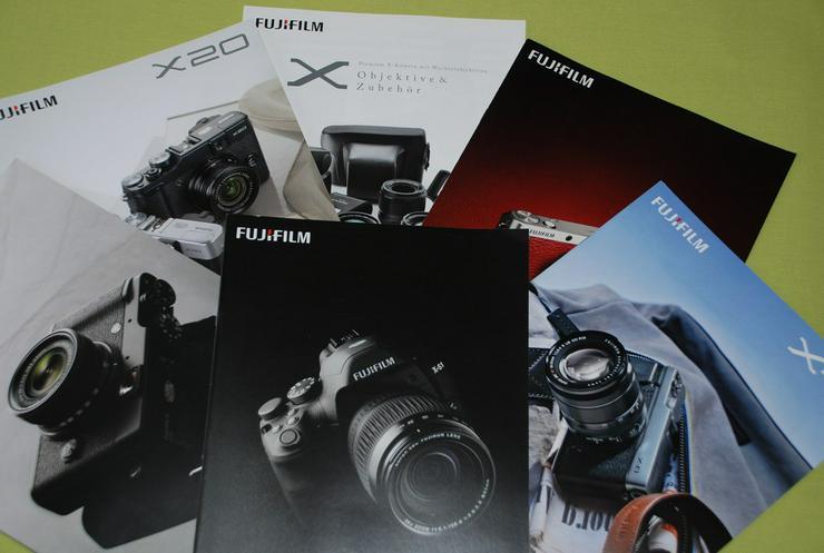 Fujifilm-Kamera-Prospekte