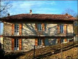 Piemont Traumobjekt Ensemble restaurierten Steinh�usern Panoramalage N�he - Gewerbeimmobilie kaufen - Bild 1