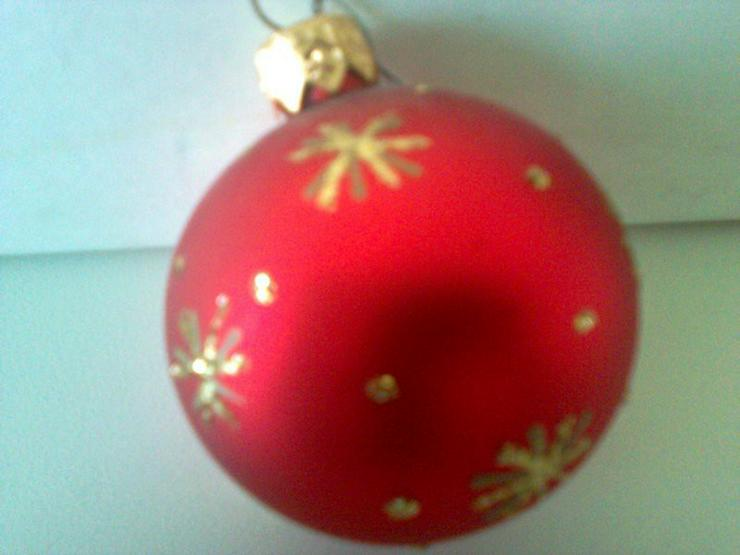 24 Weihnachtsbaumkugeln rot