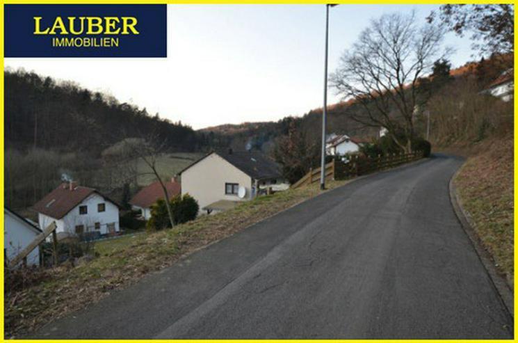 Bild 3: LAUBER IMMOBILIEN: Baugrundstück in Hang-/Orts-/Waldrandlage von Gelnhausen-Haitz