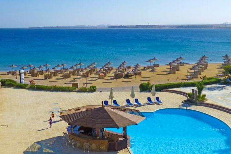 Bild 4: Ferienwohnung direkt am Strand mit Pool
