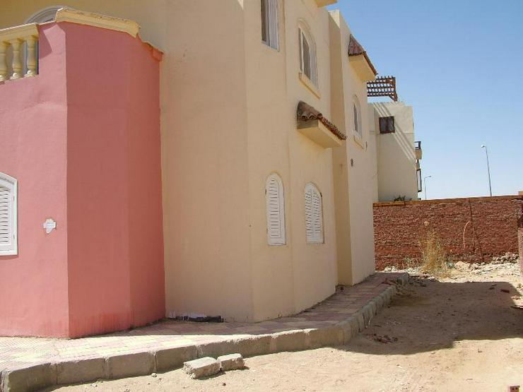 Bild 2: Fertige Villa in Mubarak 6 mit Dachterasse und Gartem