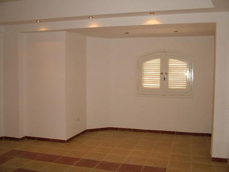 Bild 8: Fertige Villa in Mubarak 6 mit Dachterasse und Gartem