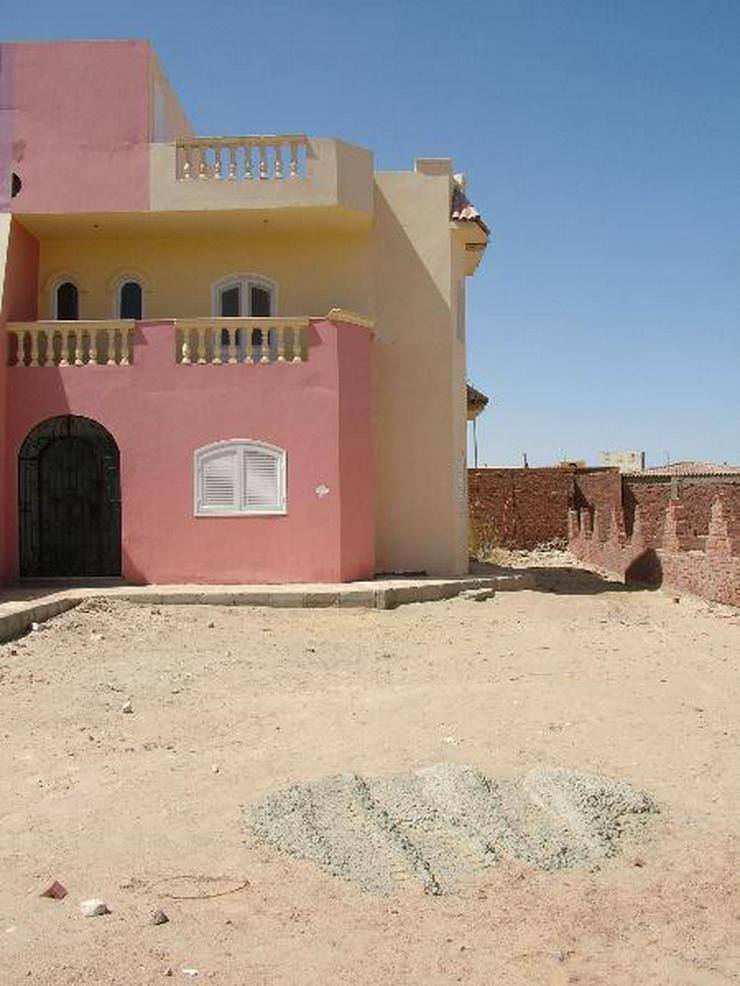 Bild 4: Fertige Villa in Mubarak 6 mit Dachterasse und Gartem