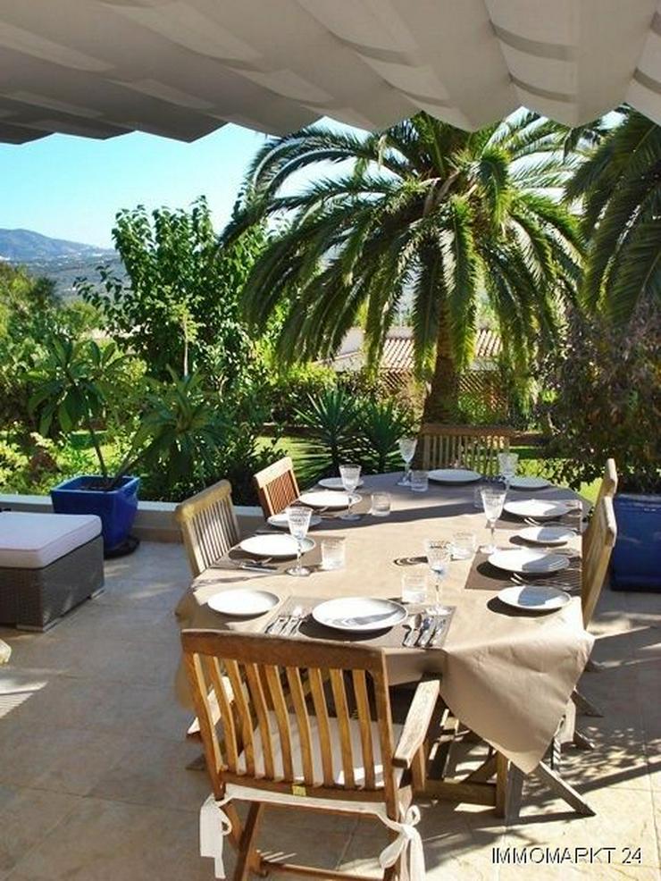 Bild 5: Villa mit wunderschönem Garten und Privatpool