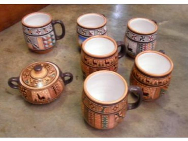 Set aus 6 Kaffee Pots und Zuckerdose, Peru
