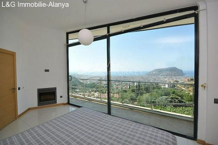 Bild 2: Designer Villa mit dem perfekten Ausblick zu verkaufen.