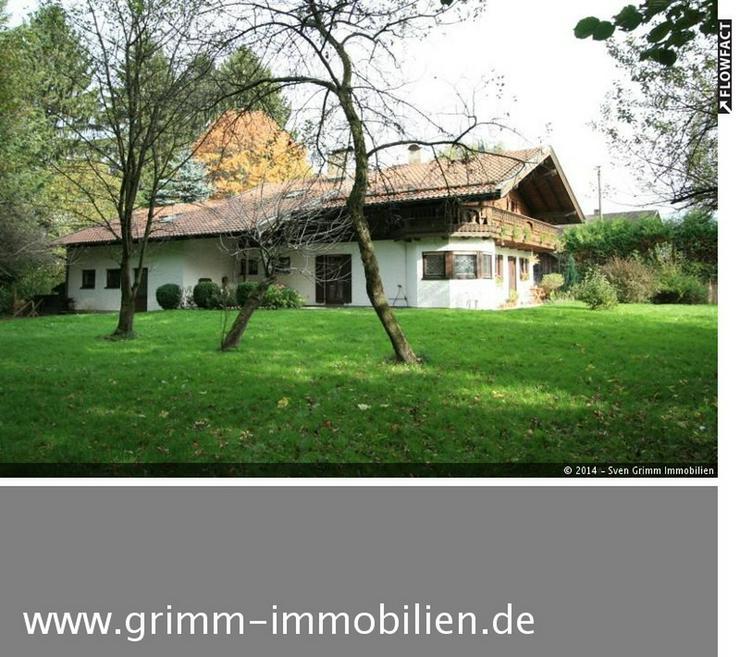 Freistehendes mehrfamilienhaus mit doppelgarage und for Mehrfamilienhaus mieten